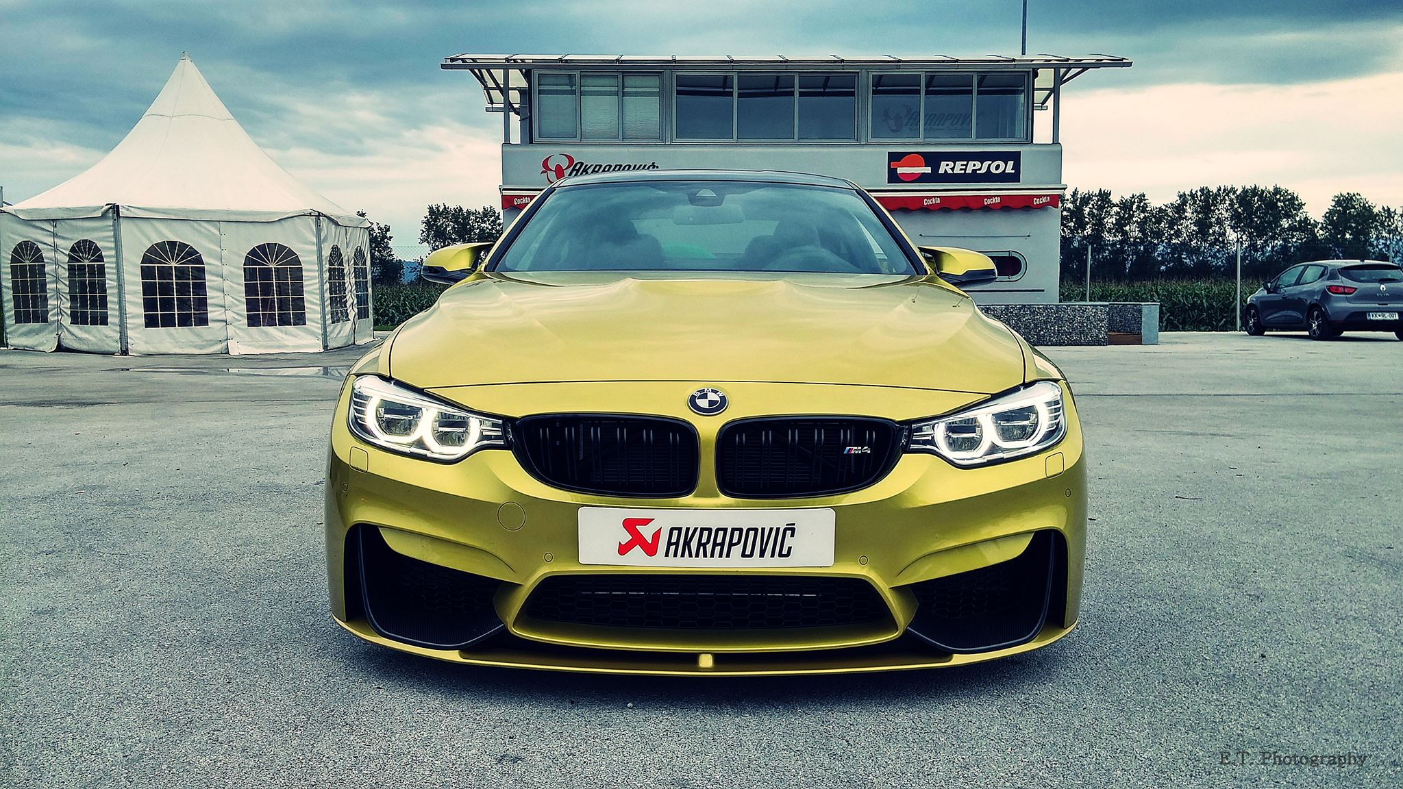 bmw m4 with akrapovic exhaust system damnedwerk. Black Bedroom Furniture Sets. Home Design Ideas