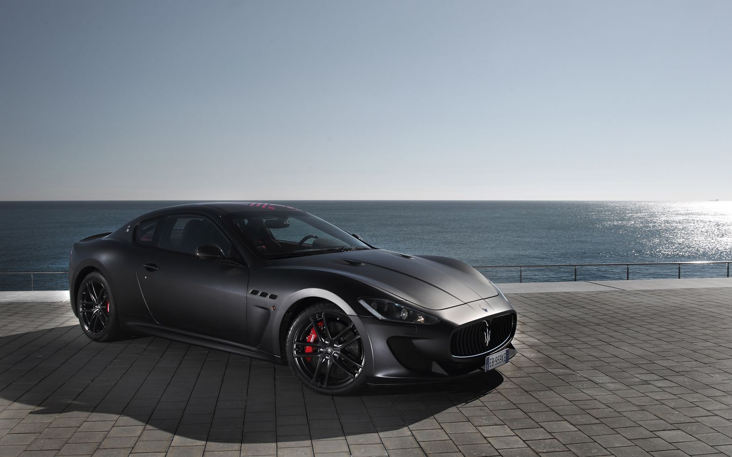 xcar present maserati granturismo mc stradale. Black Bedroom Furniture Sets. Home Design Ideas