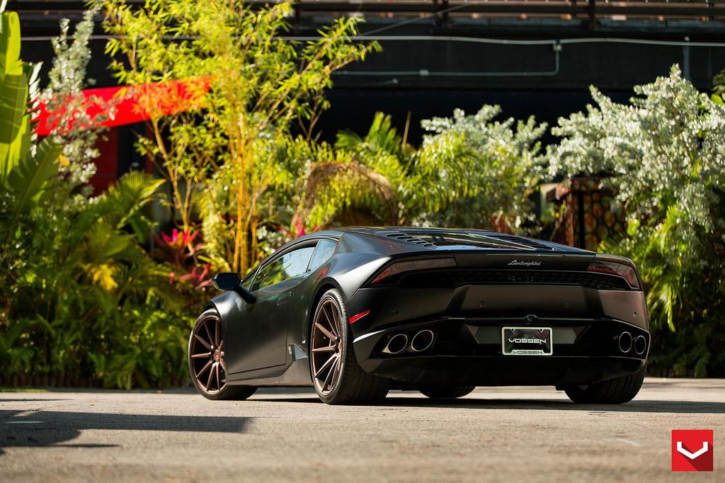 2015 Lamborghini Huracan Vossen Rear