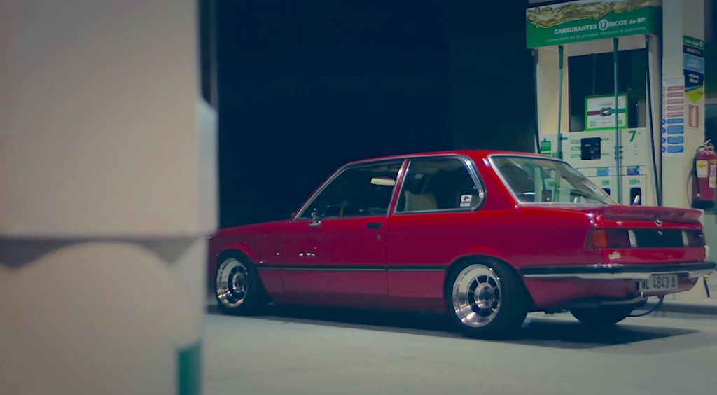 BMW E21 Gear98 Petrol Station