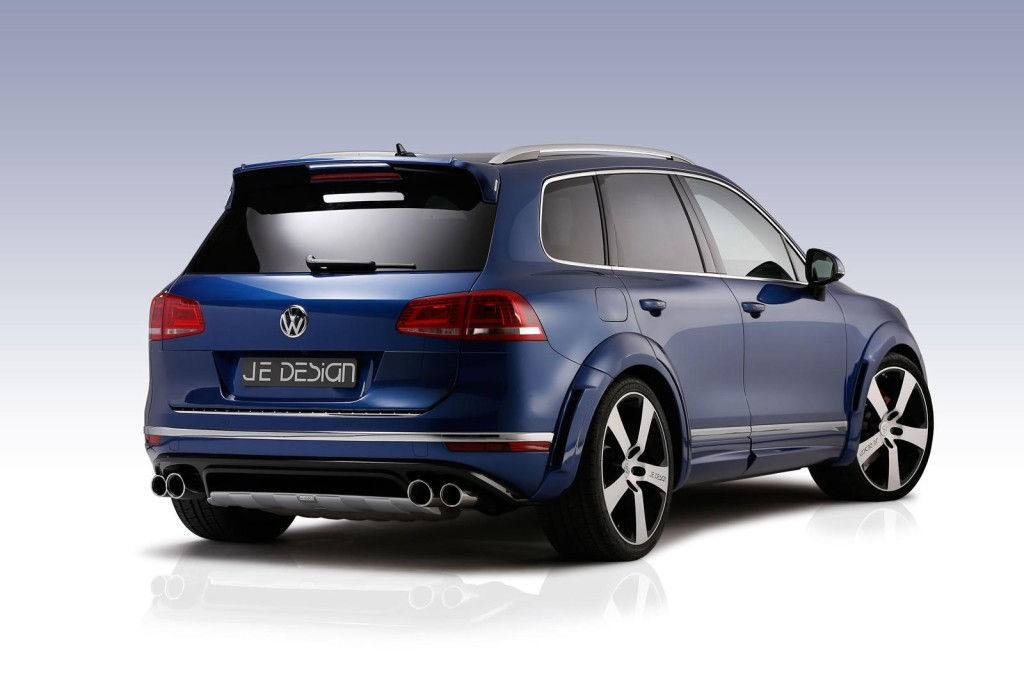 JE Design 2015 Volkswagen Touareg V8 rear side