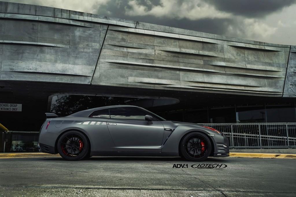 Nissan-GT-R-Jotech-Motorsports-4