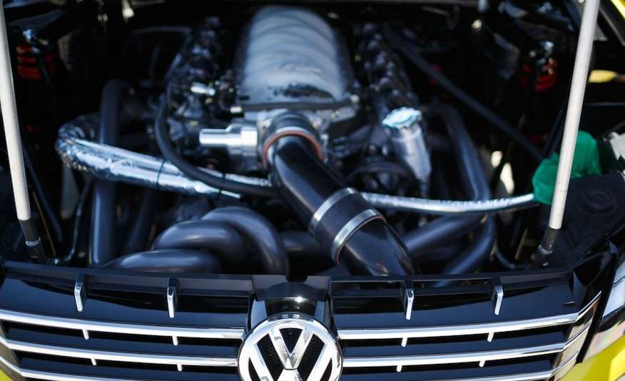 Rockstar Passat 900 horsepower engine bay