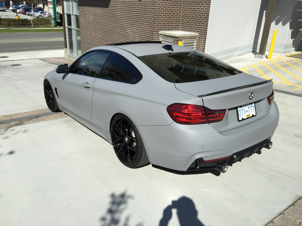 2015 435i M Performance Edition in Battle Ship Grey side rear