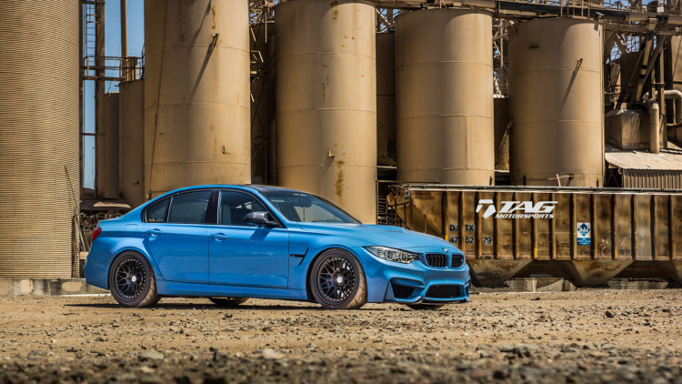 BMW-M4-with-HRE-Classic-303-Wheels-in-Brushed-Dark-Clear-12-750x422
