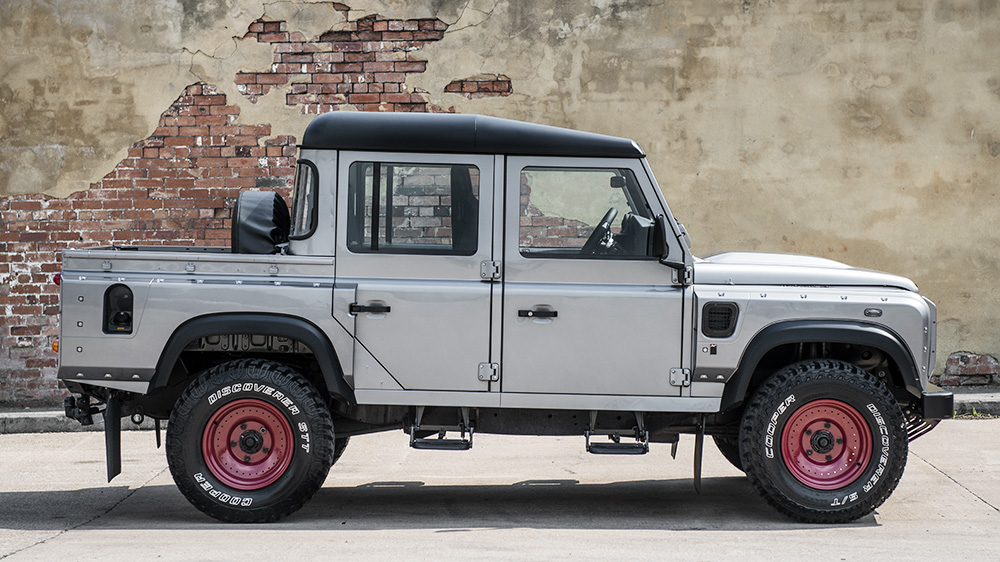 kahn-design-defender-pickup-4