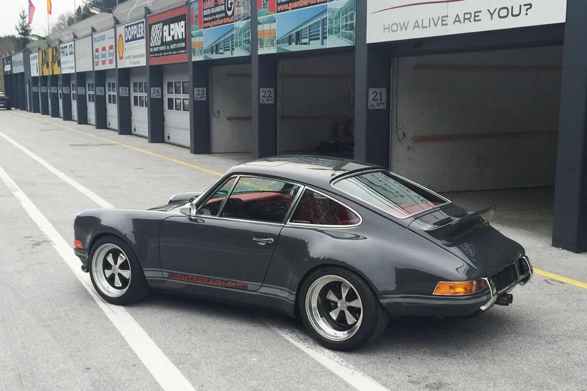 Lightspeed Classic 911 Is A Real Rival For Porsche Singer