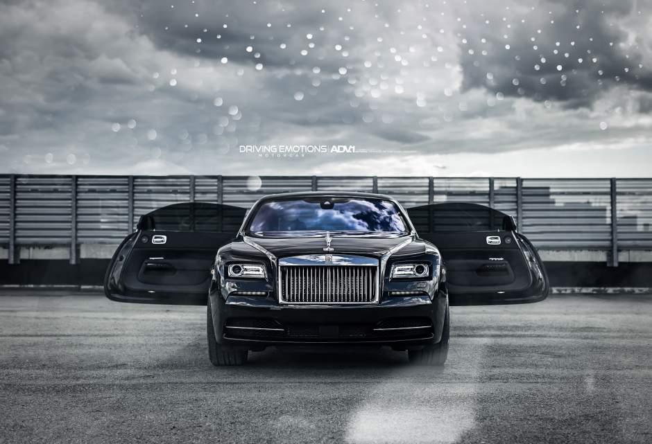 Drake-Rolls-Royce-Wraith-2