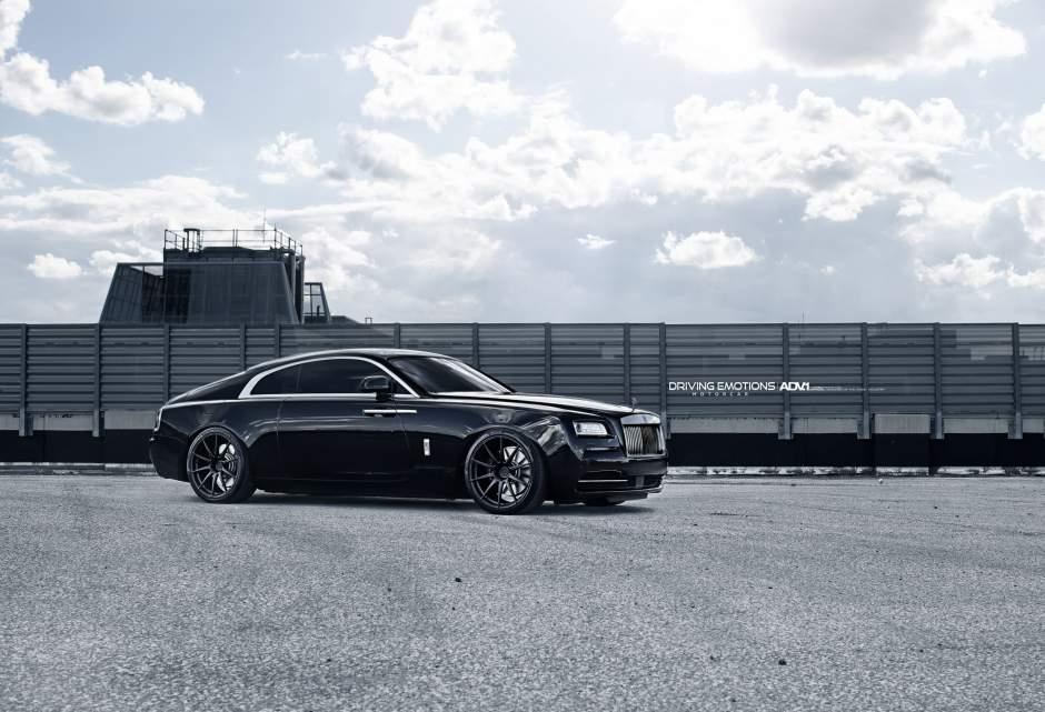 Drake-Rolls-Royce-Wraith-9