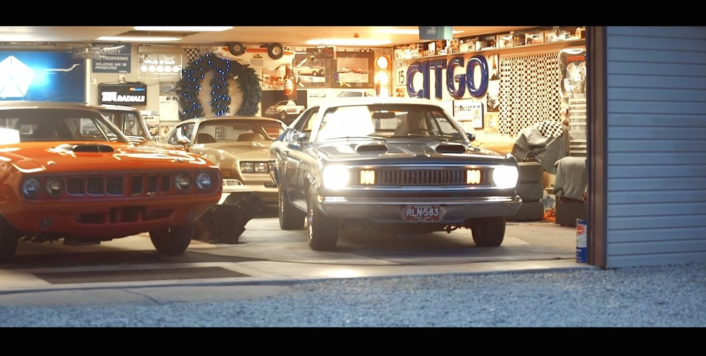 Alex 1971 Plymouth Duster 340 - 1