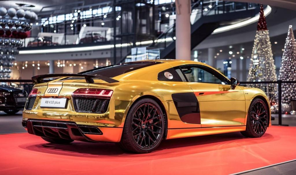Audi-R8-V10-Plus-2