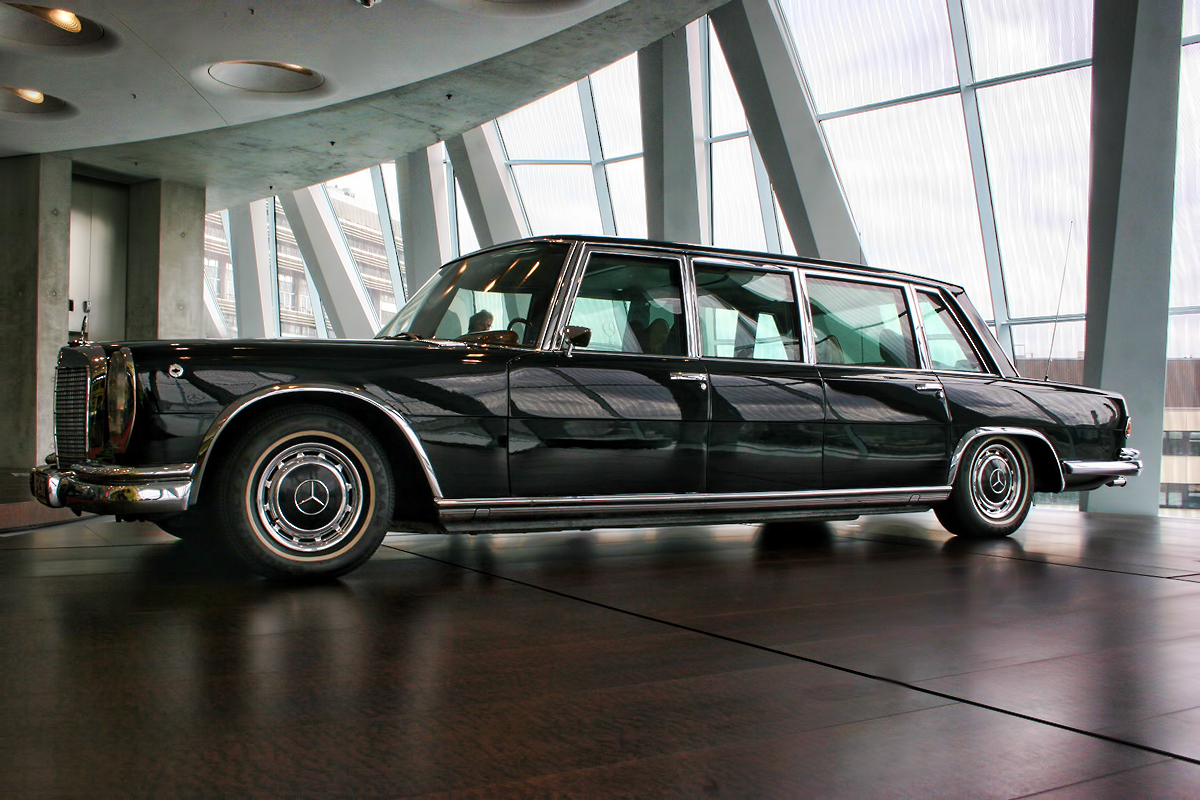 The Mercedes-Benz S 600 Pullman Guard: Model Overview And ...