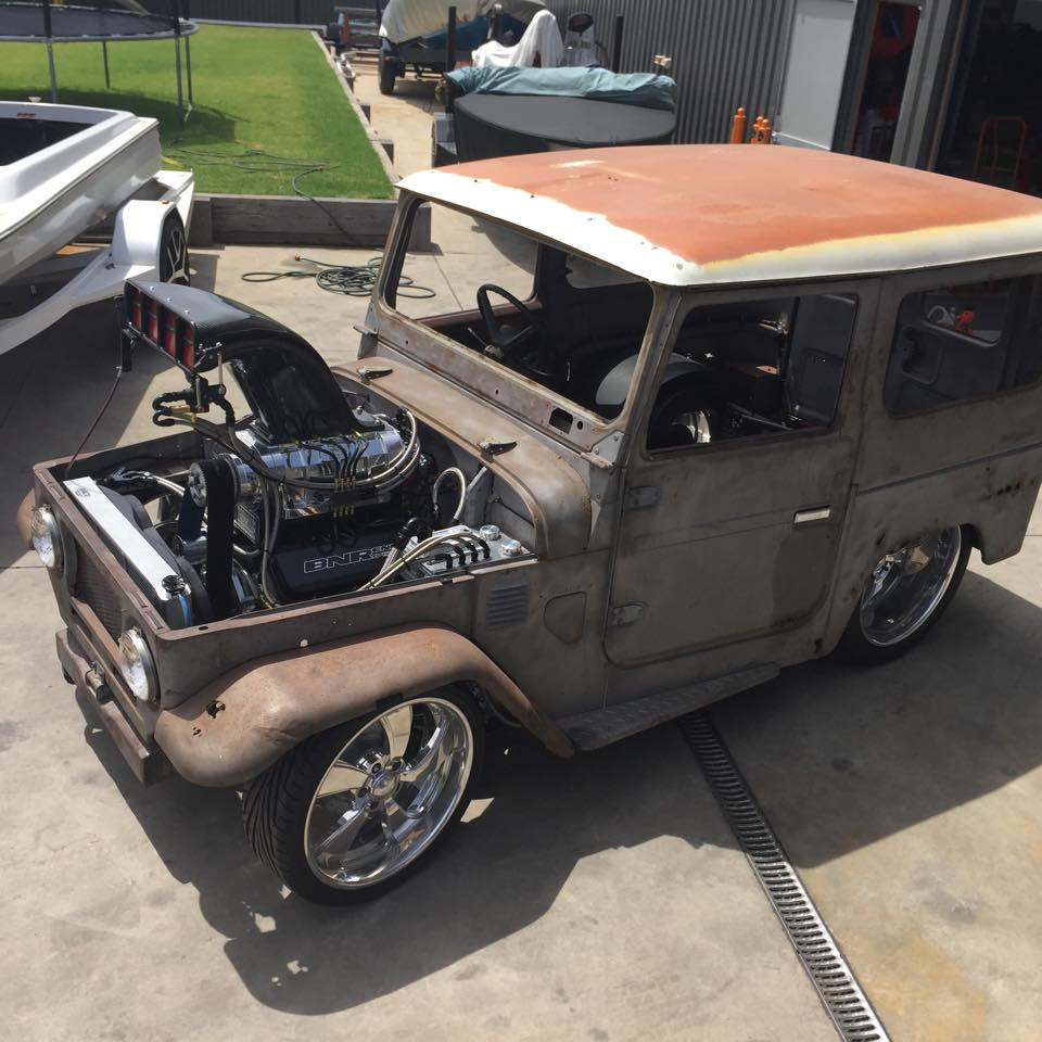 Toyota-FJ40-with-a-Supercharged-510-ci-Big-block-Chevy-V8-09