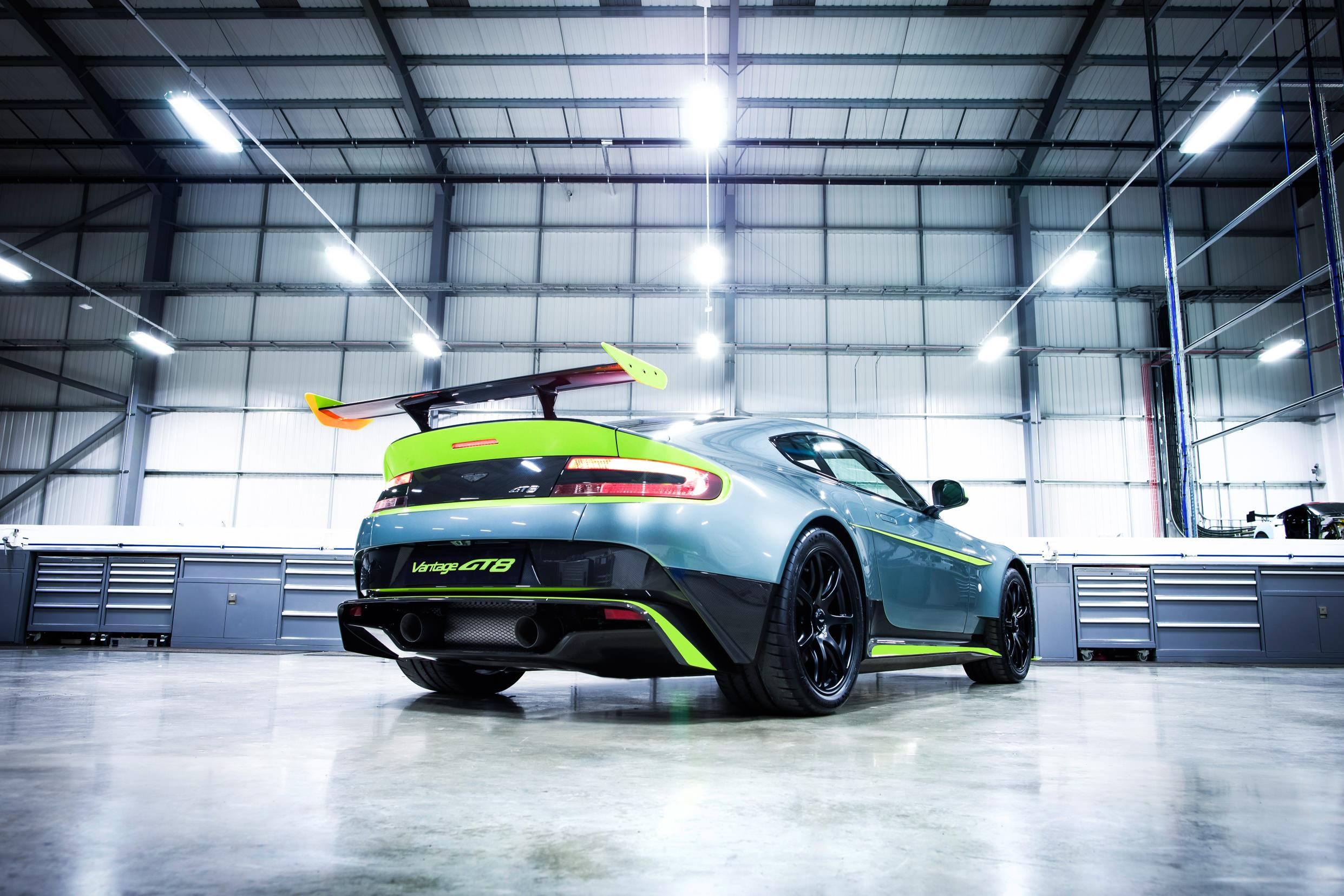 aston-martin-vantage-gt8-turns-the-v8-vantage-up-a-notch_6