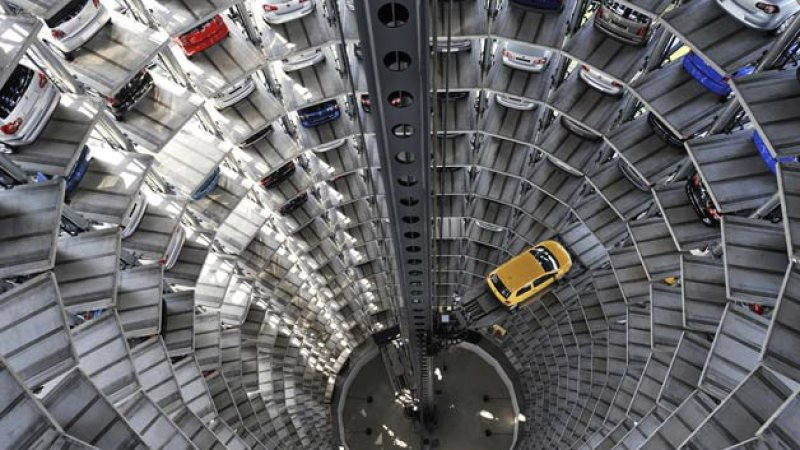 vw-factory-car-elevator-garage